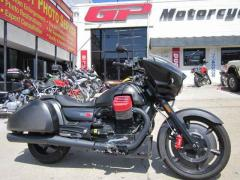 2017 Moto Guzzi MGX-21 FLYING FORTRESS