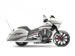 2017 Victory Motorcycles Magnum X-1 Pearl White W/Platinum Overlay